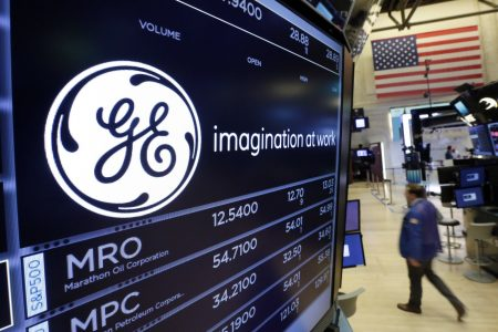 General Electric plunges to its lowest level since the financial crisis after JPMorgan slashes its price target (GE)