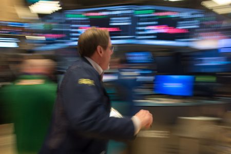 Stock slide resumes as Dow slides nearly 400 points as tech selloff intensifies