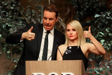 Dax Shepard denies report that he cheated on Kristen Bell in Instagram post – USA TODAY