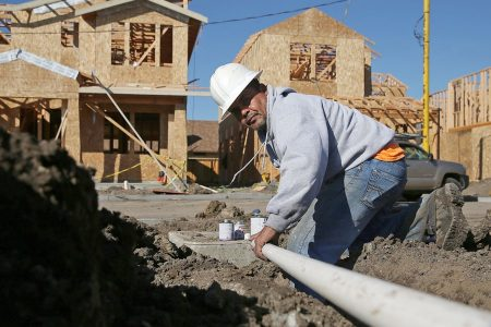 Single-family home construction tumbles – and a top analyst says housing is in a correction – CNBC