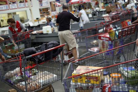 Costco's shares sink more than 6% after more grocery competition leads to earnings miss – CNBC