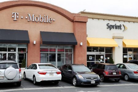 T-Mobile and Sprint just cleared key hurdles to their huge merger – CNN