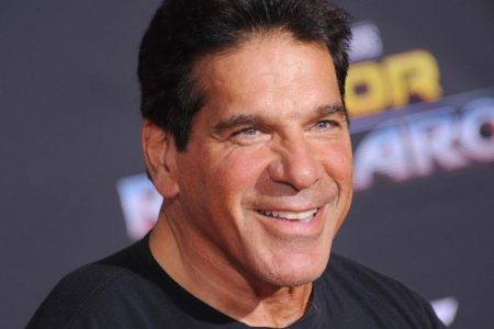 'Incredible Hulk' actor Lou Ferrigno hospitalized after pneumonia vaccination – CNN
