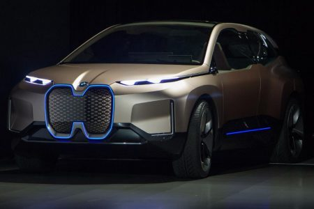2019 will be the year of the electric luxury car – CNN