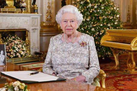 Queen Elizabeth II calls for unity ahead of Brexit in 2018 Christmas message – CNN