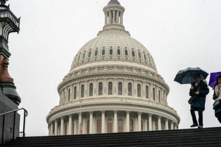 Federal employees prepare for a long shutdown – CNN