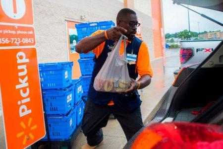 Retail's Amazon antidote: Buy online, pickup in store – CNN