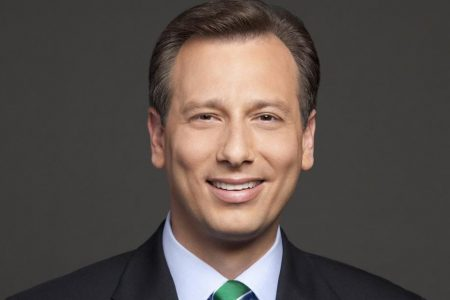 Chris Burrous, Los Angeles news anchor, dies after being found in hotel room – CNN