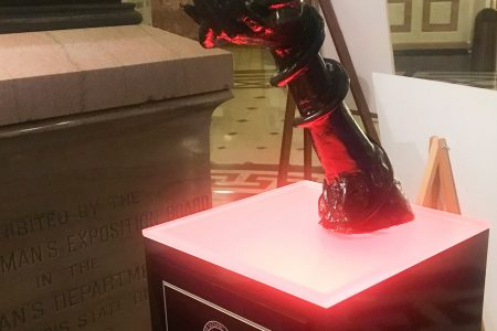 Satanic statue on display in Illinois Capitol rotunda for the holidays – USA TODAY