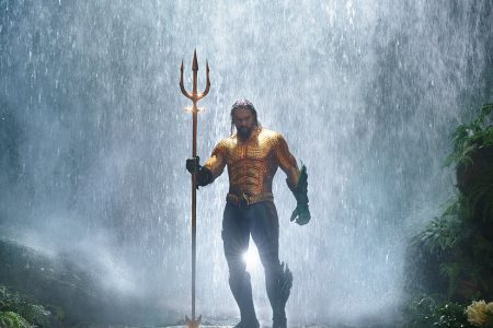 'Aquaman' Review: Our Hero Swims. His Movie Sinks. – The New York Times