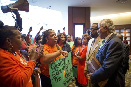 Walmart heirs promote charter schools among black community – The Associated Press