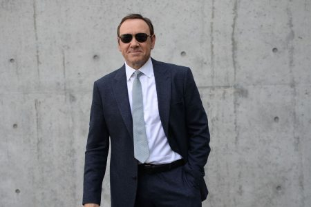 Kevin Spacey to plead not guilty to sex-crime charge on Nantucket – USA TODAY