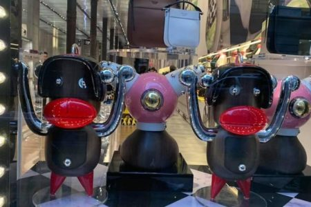 Prada accused of using blackface imagery at NYC store and online – CBS News