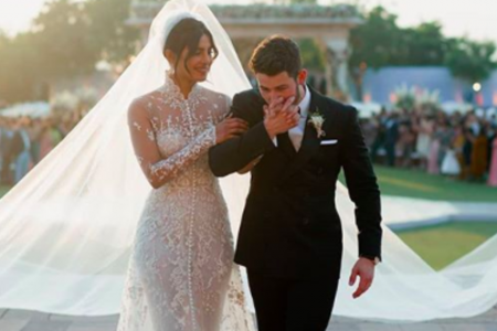 Priyanka Chopra Stuns In 75-Foot-Long Veil At Wedding To Teary Nick Jonas – HuffPost