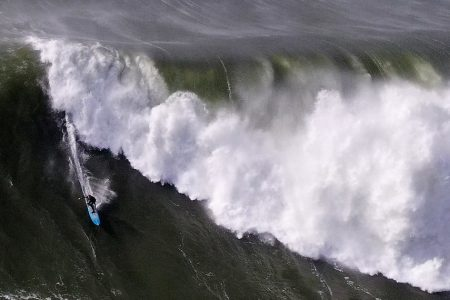 Avoid Ocean 'Or Risk Certain Death,' California Officials Warn Over Massive Waves – HuffPost
