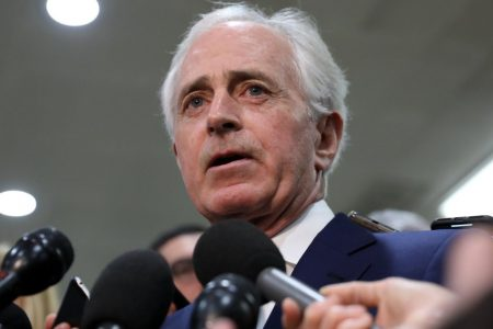 Bob Corker Blasts 'Made Up' Shutdown 'So The President Can Look Like He's Fighting' – HuffPost