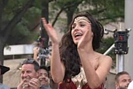 Gal Gadot's 'Wonder Woman 1984' News Will Make You Stand Up And Cheer – HuffPost