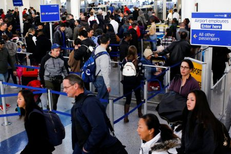 We Want To Hear From TSA Staff Working Without Pay During The Shutdown – HuffPost