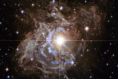 NASA's Hubble telescope captures stunning cosmic 'holiday wreath' image – Fox News