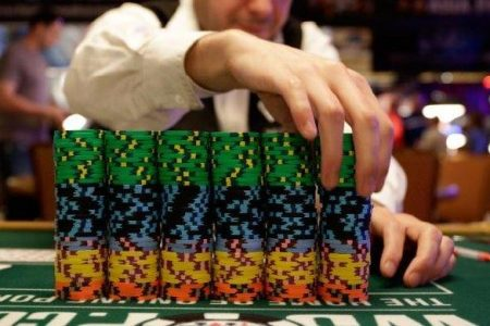 Man defies 20 million-to-1 odds to win $1 million at poker game – Fox News