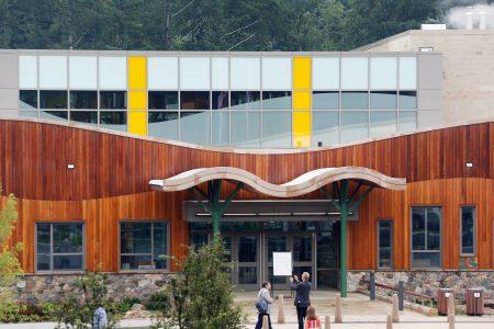 Newtown shooting anniversary: Bomb threat empties Sandy Hook Elementary – USA TODAY