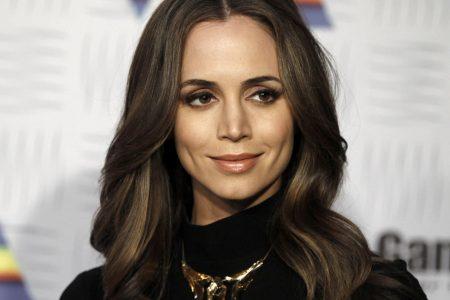 "Eliza Dushku fires back: ""I did not overreact"" – CBS News"