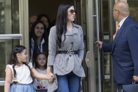 """""""El Chapo"""" reduced to tears as wife, daughters appear in court – CBS News"""