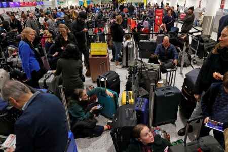 Gatwick drones: Military to be deployed as rogue drones shut down Gatwick Airport near London – CBS News