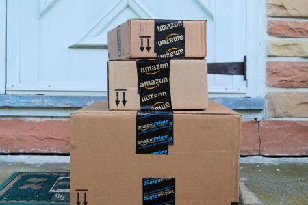 Package thieves being caught with decoy Amazon deliveries – CBS News