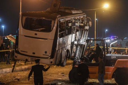 Egypt Kills 40 Suspected Militants After Deadly Bombing of Tour Bus – The New York Times