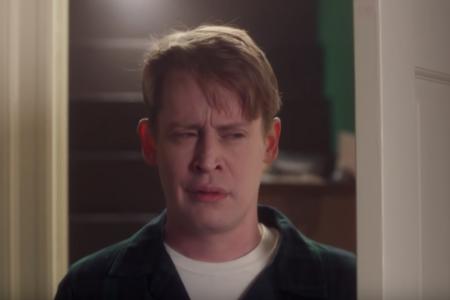 "Macaulay Culkin is ""Home Alone"" as Kevin McCallister again in new Google ad – CBS News"