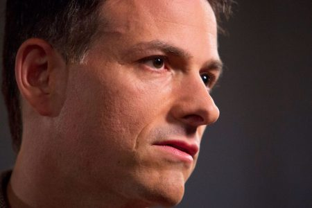 Hedge fund manager Einhorn explains why he lost more than 30% last year: 'Nothing went right' – CNBC