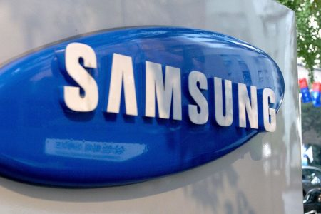 Why Apple's big rival Samsung likely wouldn't take a major hit from a Chinese economic slowdown – CNBC