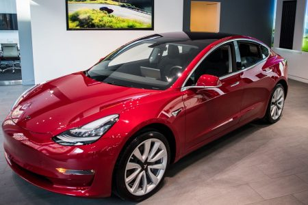 Tesla's Model 3 was the best-selling luxury car of 2018 – CNBC