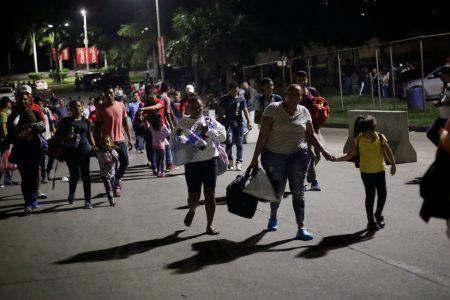 Migrant Caravan Departs Honduras, and Trump Again Calls for a Wall – The New York Times