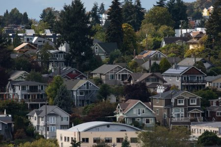 Microsoft Pledges $500 Million for Affordable Housing in Seattle Area – The New York Times