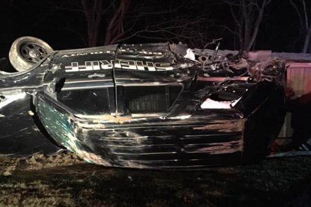 Kentucky deputy injured when large rock crashes through windshield – NBC News