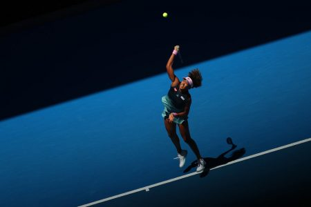 At Australian Open, Osaka Holds Off Hsieh, a Big-Seed Slayer With a Bedeviling Slice – The New York Times