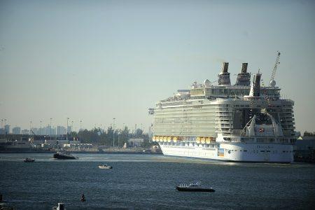 Norovirus outbreak sickens 277 on Oasis of the Seas – Associated Press
