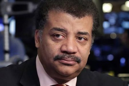 Neil DeGrasse Tyson's 'StarTalk' Grounded During Probe Of Sexual Misconduct Allegations – HuffPost