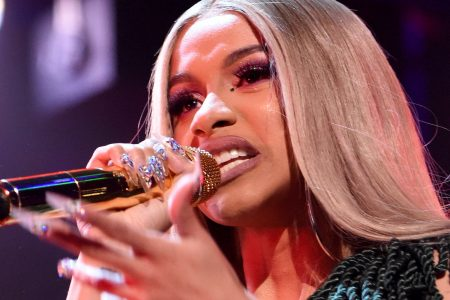 Cardi B's Trashing Of Donald Trump For The Shutdown Is Now A Banging Song – HuffPost