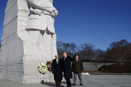 Trump Makes Surprise Visit To MLK Memorial, Leaves After About 2 Minutes – HuffPost