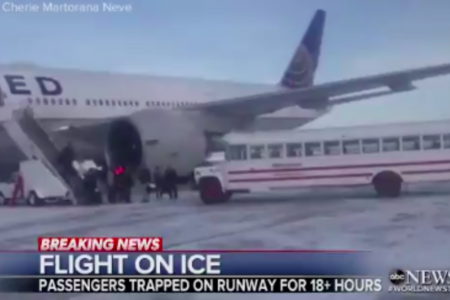United Passengers Stranded On Canadian Tarmac For Over 18 Hours – HuffPost