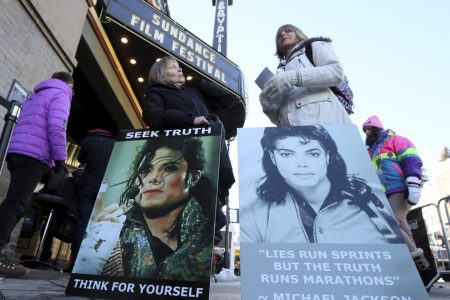 Michael Jackson Doc On Child Sex Abuse Charges Leaves Crowds Shocked – HuffPost