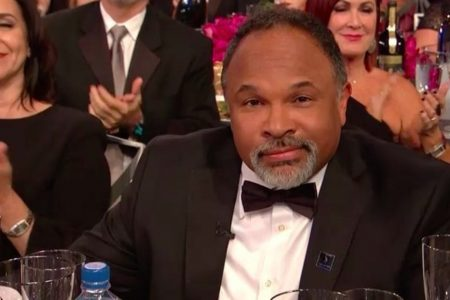 Geoffrey Owens Gets Special Moment During SAG Awards Opener, Shouts Out Trader Joe's – HuffPost