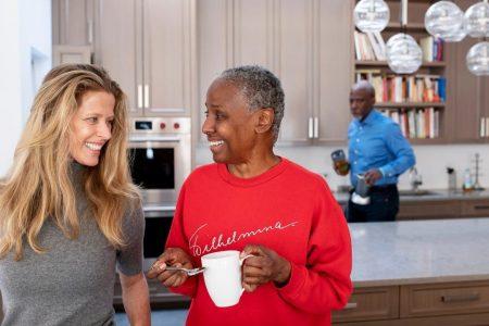 B. Smith's husband slammed for having girlfriend while his wife battles Alzheimer's disease – Fox News