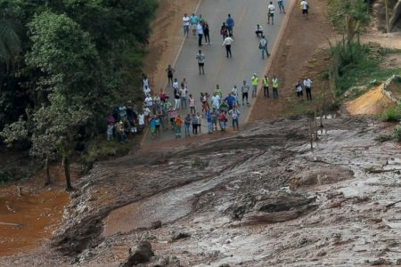 34 dead, up to 300 feared missing after dam collapse – ABC News