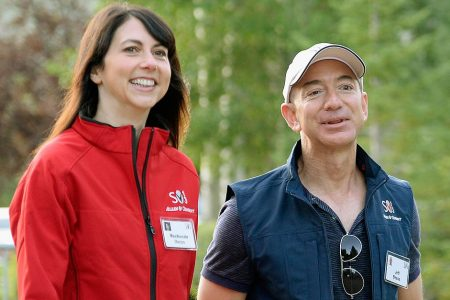 Billions are at stake in the Bezos divorce. Here's what it means for Amazon shareholders. – Business Insider