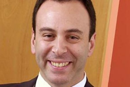 What does Eddie Lampert really want with tattered old Sears? – CBS News
