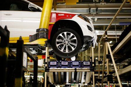 Mercedes-Benz fourth-quarter profits hit by trade war – CNBC
